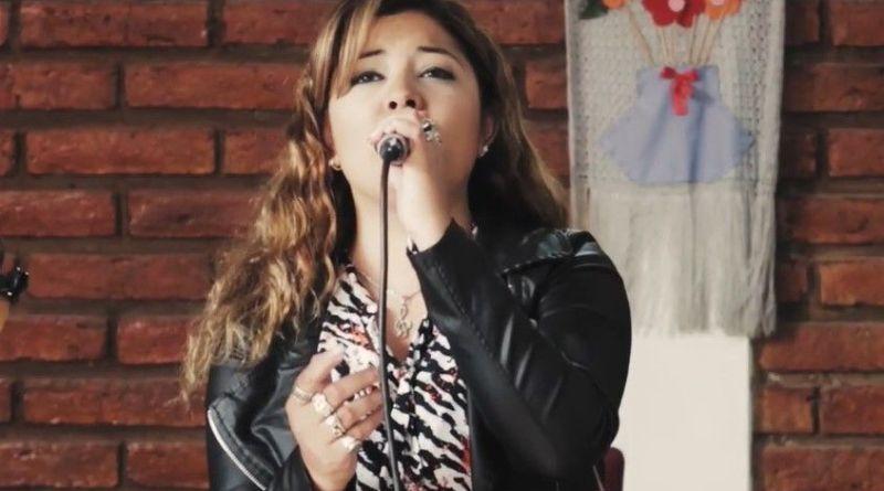 """Giselle Aldeco canta """"No sé qué tiene San Juan"""""""