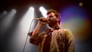 """""""Caer"""": vídeo stop motion de Quique Rod"""