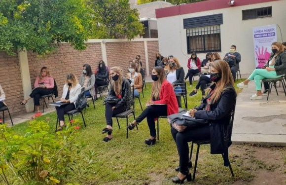 La Dirección de la Mujer asesoró sobre el CAVIG al equipo técnico de las áreas Mujer