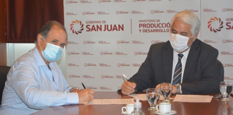 Comenzó la firma del acuerdo con bodegas para el Programa de Financiamiento Vitivinícola