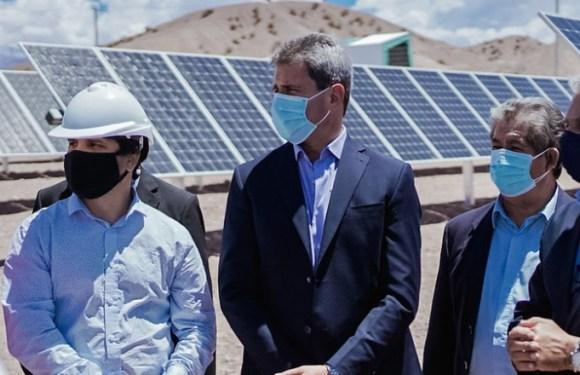 Quedó inaugurado el Parque Solar Tamberías y un centro cultural en Calingasta