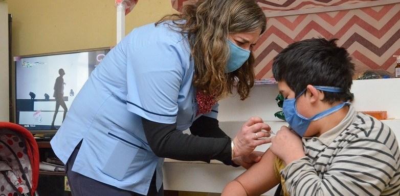Llaman a completar el calendario obligatorio de vacunación
