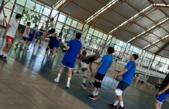 Banco Hispano ultima su preparación para la ex Liga A2 de voleibol