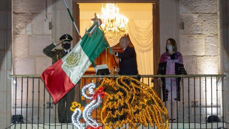 JM Carreras encabezó ceremonia del 210 aniversario del Grito de Independencia
