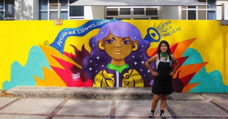 Realizan mural en la Zona Universitaria, en homenaje a estudiante víctima de feminicidio
