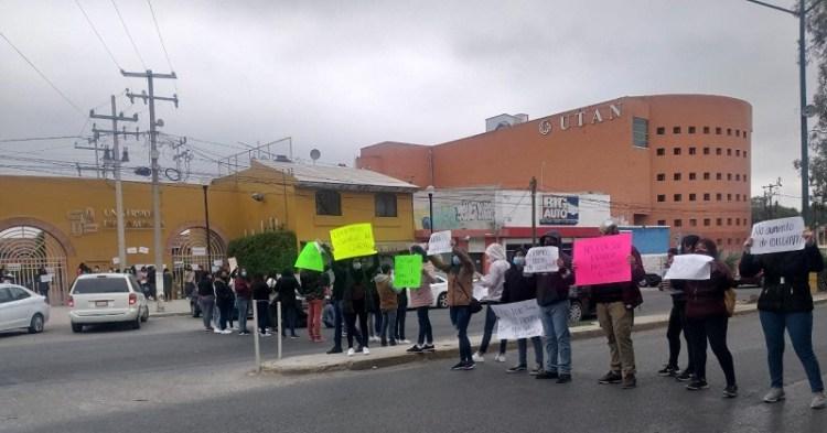 Protestan estudiantes de la UTAN por aumento de colegiaturas en plena pandemia