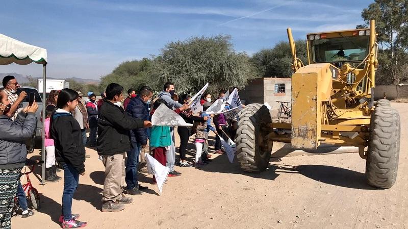 Ayuntamiento de Villa de Reyes realiza ya el trazo y delimitación de más obras públicas prioritarias
