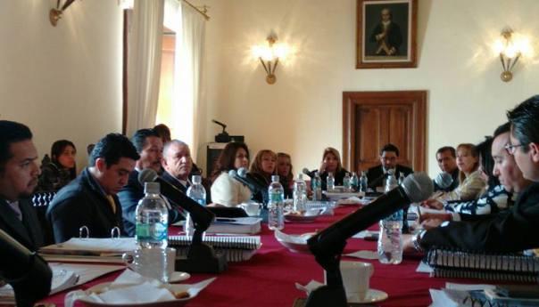 Aprueba Cabildo el Plan Municipal de Desarrollo 2015-2018 Igualmente se vota a favor de varios acuerdos con dependencias estatales y federales
