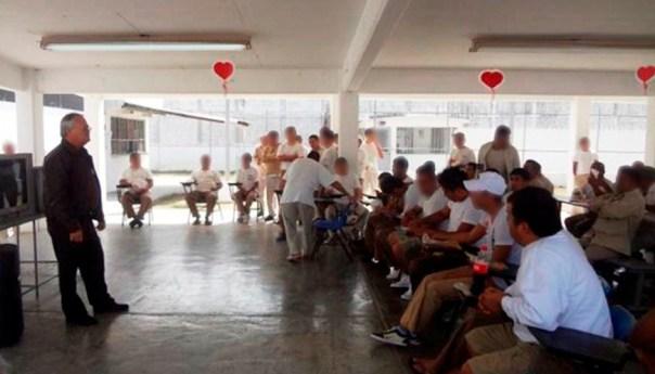 Celebran en Penales de Tancanhuitz y Tamazunchale Día de San Valentín