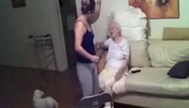 Indignante vídeo descubre los abusos a ancianita de 94 años por su cuidadora