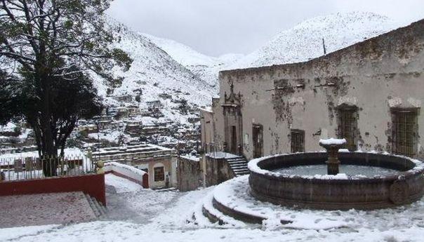 Cae Nieve en 4 Municipios de SLP