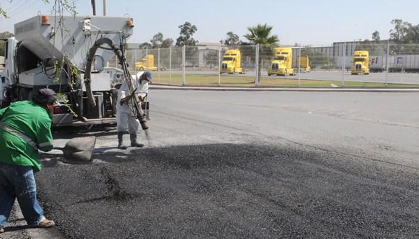 Junta Estatal de Caminos Licita Rehabilitación de Laterales que Llevan a Zona Industrial