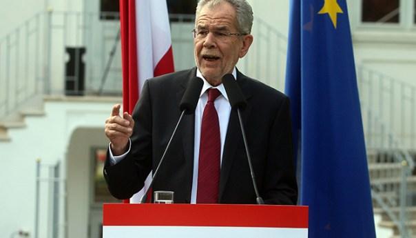Cardíaco final en elecciones presidenciales de Austria, Gana un Ecologista
