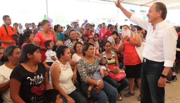 Gobernador JMCL Festejo a Mamás de Colonias Minas de San Pedro y Nueva Progreso