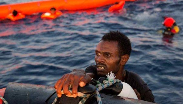 Naufraga barco de inmigrantes en costas de Egipto dejando al menos 29 muertos