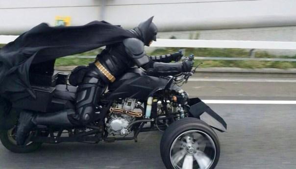 Batman el único superhéroe que cumple las leyes de la física