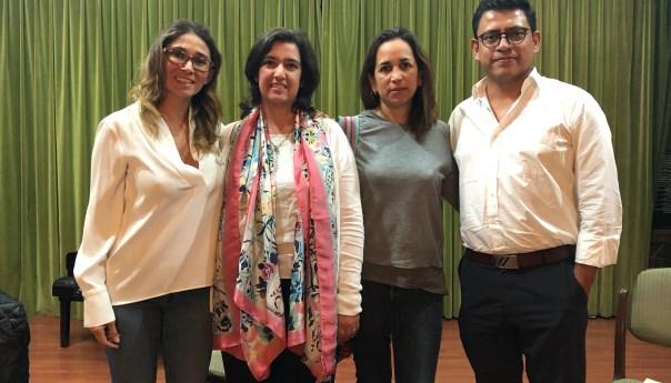 "Mesa redonda de la exposición ""Paralelismos plásticos en México"""