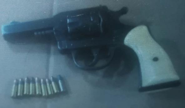 FME detiene a dos hombres por portación de armas de fuego y cartuchos útiles