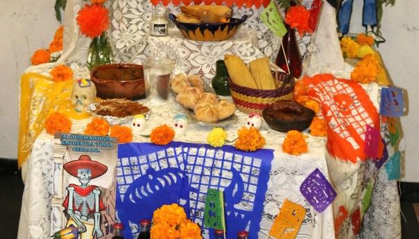 Proyectan actividades culturales y deportivas en la pila por día de muertos
