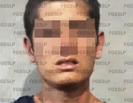 En VANEGAS fue detenido por FGE un hombre en posesión de carro robado
