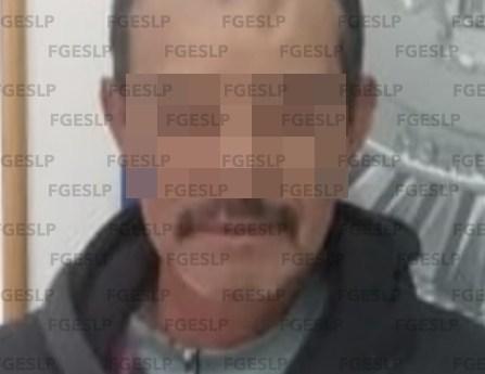 Fiscalía captura a un hombre por presunto homicidio y robo calificado en Ahualulco