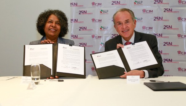 Firman JM Carreras y titular de CONAVIM carta intención para la erradicación de la violencia contra las mujeres en escuelas