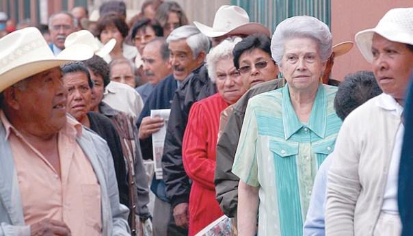 El 29 de noviembre pensionados del IMSS recibirán el pago correspondiente al mes de diciembre