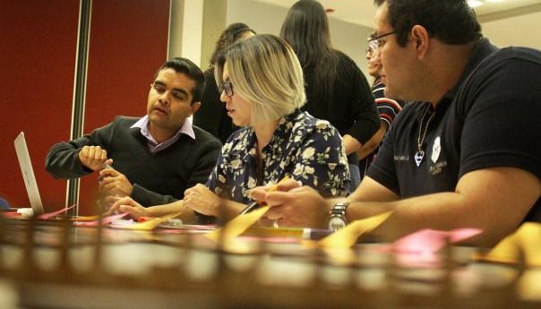 Docentes de la UASLP participan en talleres para construir nuevos planes de estudio