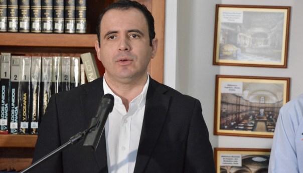 Jubilación en riesgo por desempleo: Xavier Azuara