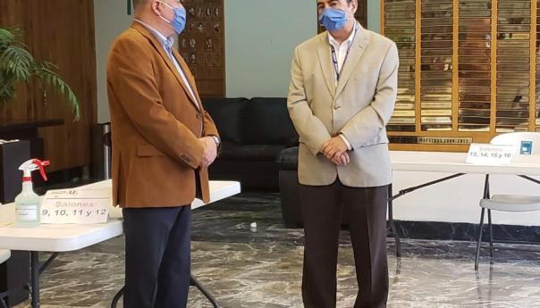 Presidente de la CEDH reconoce a la UASLP por aplicación del examen de admisión en condiciones de sanidad