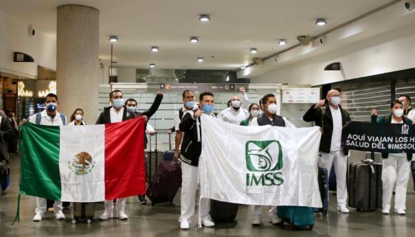 Personal médico y de enfermería del IMSS arriba a la Ciudad de México para integrarse a la Operación Chapultepec