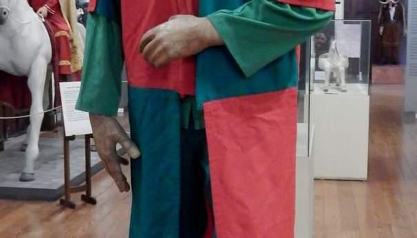 Vestimentas de los archareos en el museo de la Máscara