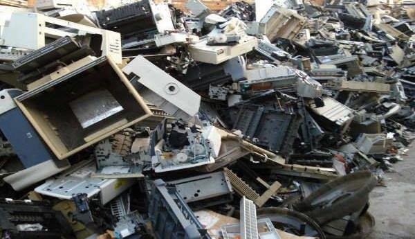 Exhortan a disposición responsable de basura electrónica