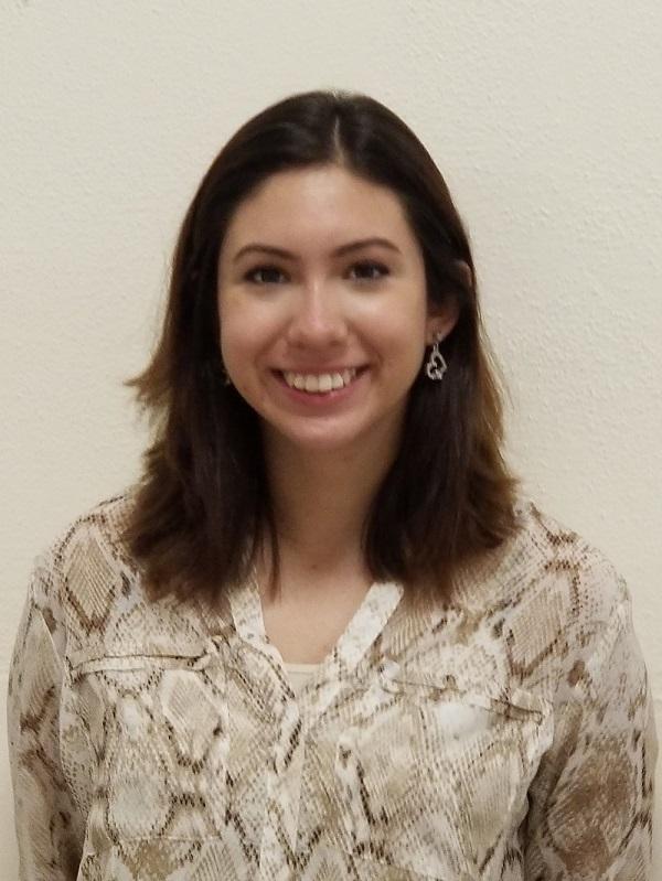 Leticia Arellano : Administrative Assisitant