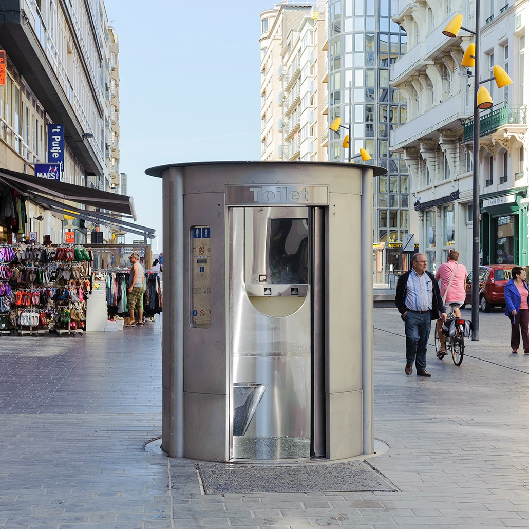 Pop-up toilet for men and women