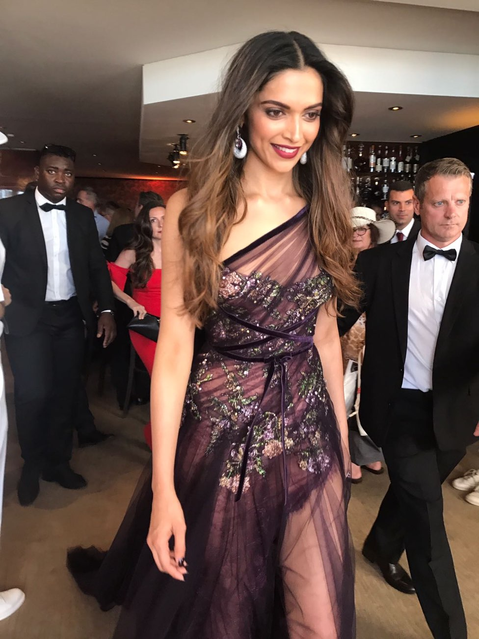 Deepika Padukone at the Cannes Film Festival 2017 (1)