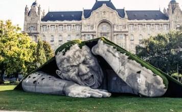 Скулптури от целия свят