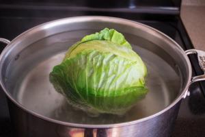 Lamb-and-Feta-Stuffed-Cabbage16