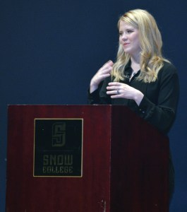 Elizabeth Smart told an audience at the Snow College Eccles Center how a dark past does not mean we are destined to have a dark future, but how it can be turned bright by the choices we make. - Daniela Vazquez / Messenger photo