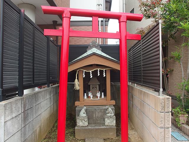 稲荷社(川崎市中原区下小田中)写真