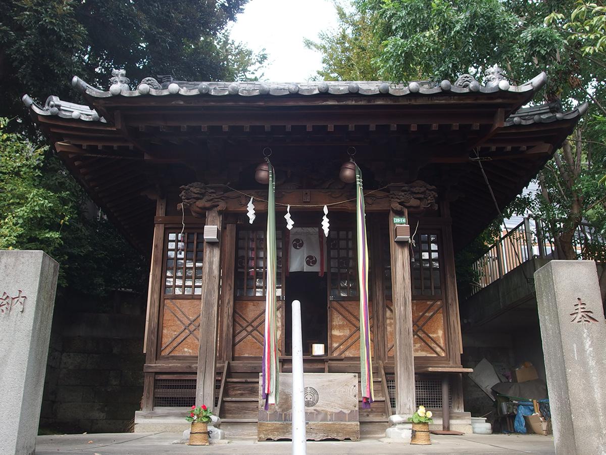 烏森稲荷神社写真