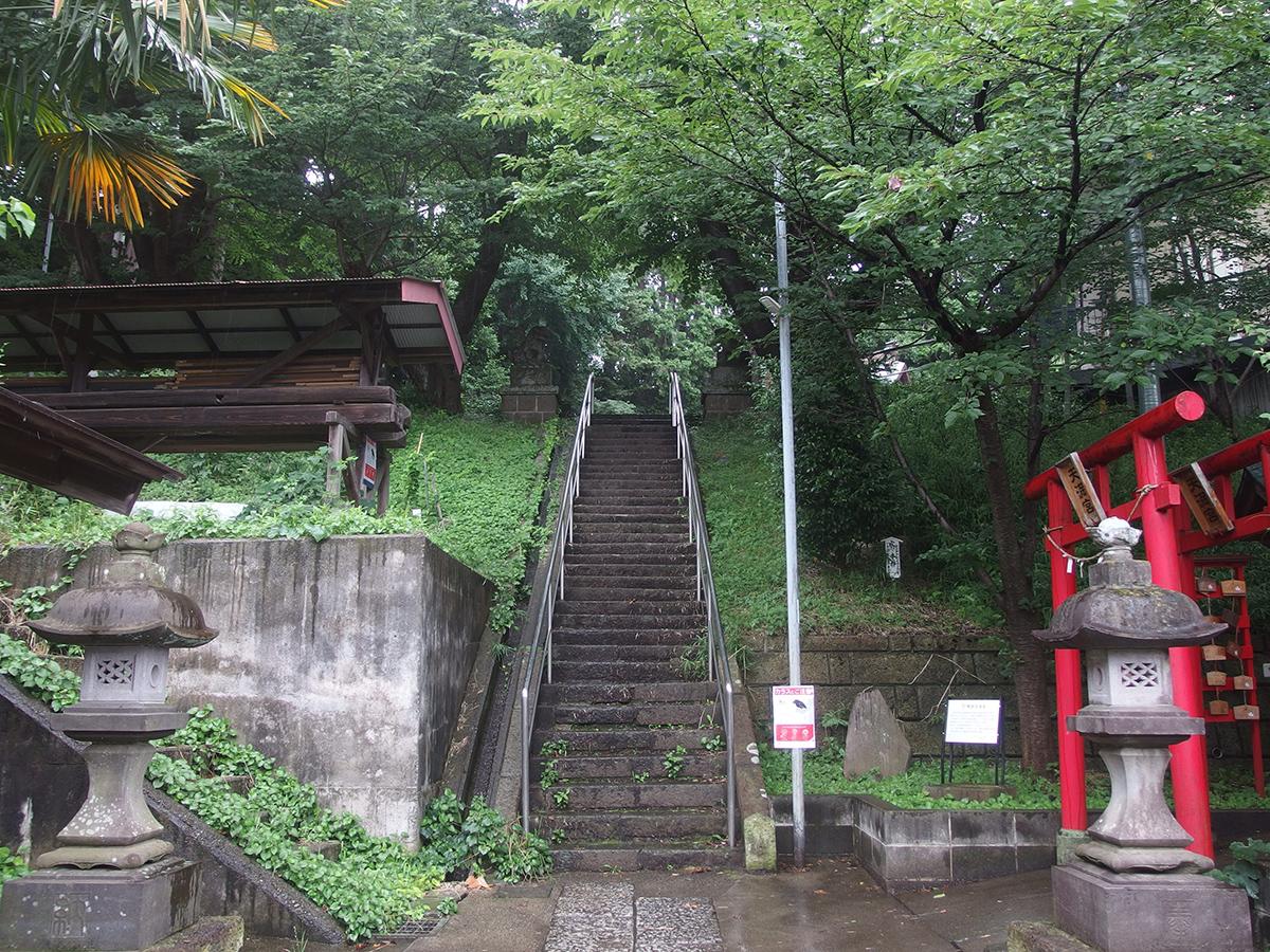 鴨居杉山神社写真