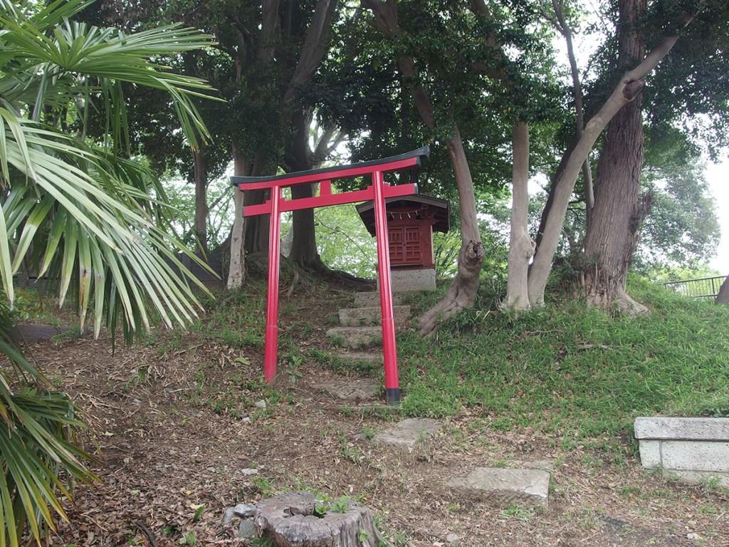 稲荷社(横浜市神奈川区大口通)