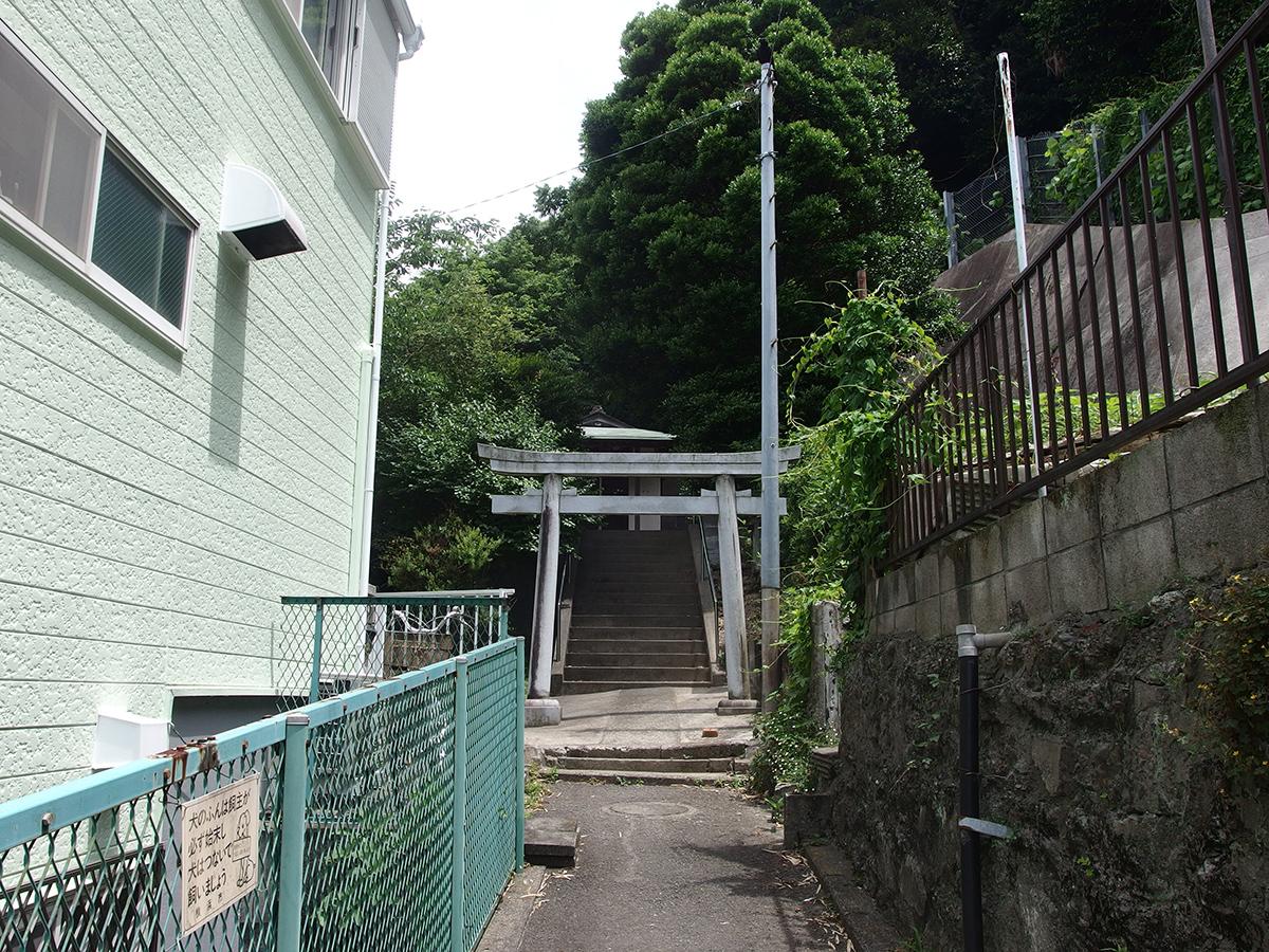 上町白山神社(横浜市磯子区上町)写真