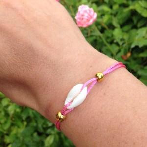 Schelp armbandje pink