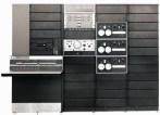 PDP-9 (1966): Ο διάδοχος του PDP-7 ήταν ακόμη μικρότερος σε μέγεθος, αλλά με διπλάσια ταχύτητα. Ο πρώτος PDP με μικροκώδικα και ένας από τα πρώτα μικρά συστήματα εφοδιασμένα με μόνιτορ-πληκτρολόγιο. Αρχική τιμή: 35.000 δολ. Πωλήσεις: 445