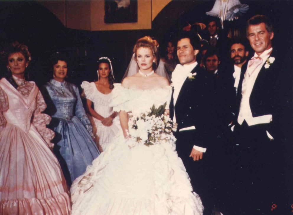Eden Capwell And Cruz Castillos Wedding