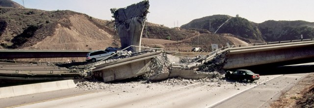 Picture of freeway collapse after Los Angeles earthquake.