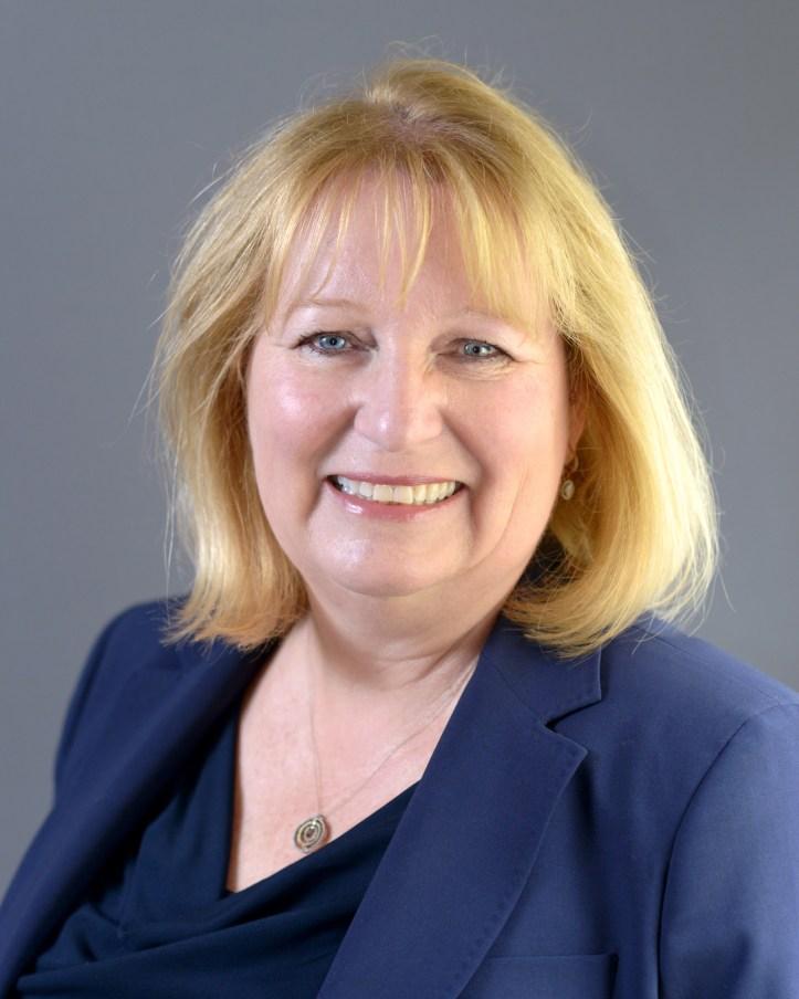 Dr. Stella Kemp