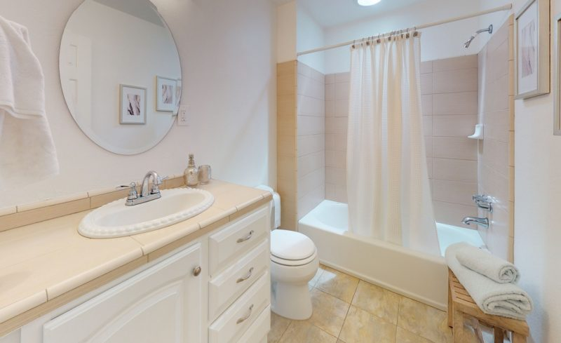gTc5A25KVyF – Bathroom